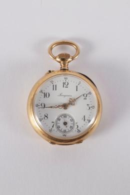 """3  -  <p><span class=""""object_title""""> Reloj de colgar longines en oro, decoración de corona esmaltada en reverso- mecanismo remontaire.</span></p>"""